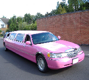 Lincoln Towncar Limos in Doncaster